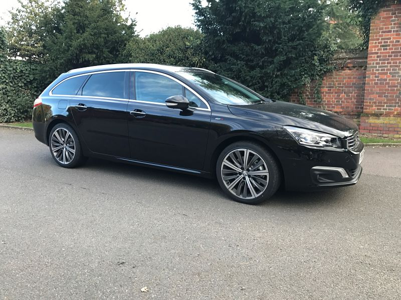 Large Estate Car Hire Auto