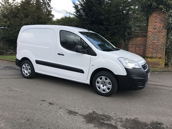 Long Term Small Van Hire